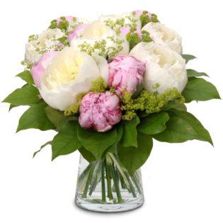 Wit-roze pioenenboeket